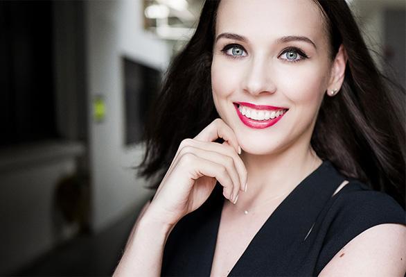 El look de maquillaje de Liza