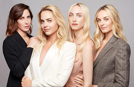 Fotografía de Claire, Jenna, Prisca y Virginie Courtin-Clarins